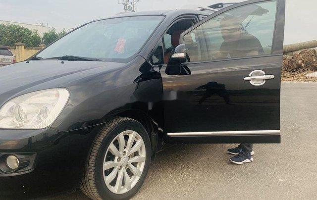 Cần bán lại xe Kia Carens đời 2012, màu đen xe gia đình3
