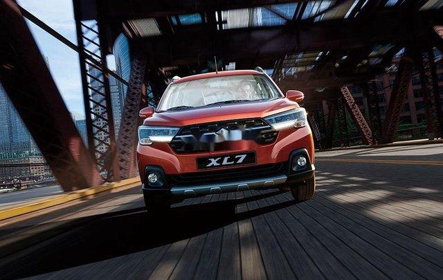 Bán xe Suzuki XL 7 sản xuất năm 2020, màu đỏ, nhập khẩu2