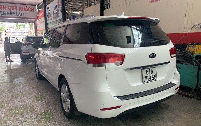 Bán ô tô Kia Sedona 2016, màu trắng0