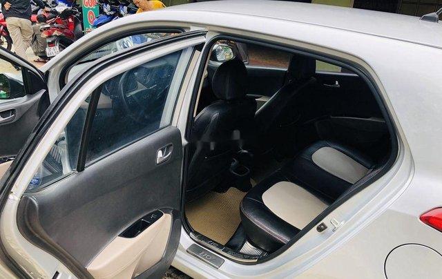 Bán Hyundai Grand i10 năm 2015, màu bạc, nhập khẩu nguyên chiếc số sàn bản đủ3