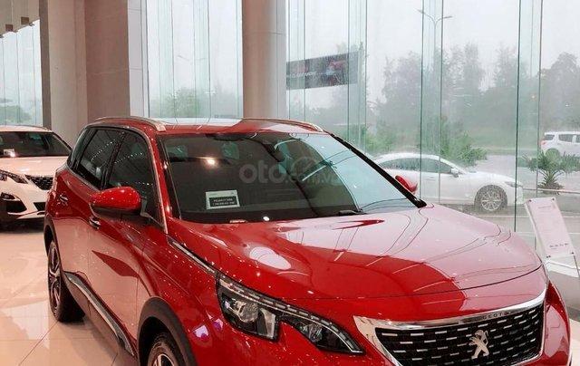 [Peugeot Hà Nội ]  SUV Peugeot 5008 thế hệ hoàn toàn mới - Màu đỏ tối thượng0