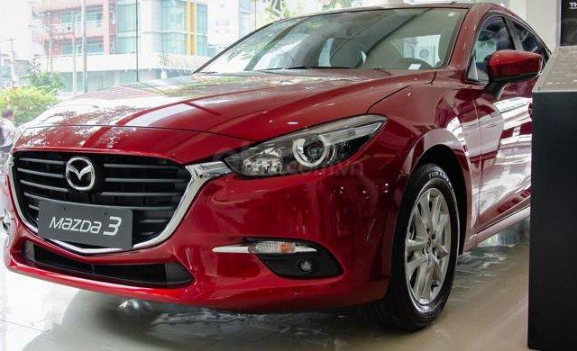 Mazda 3 2019 - xe mới - có sẵn giao liền - giá ưu đãi cuối năm0
