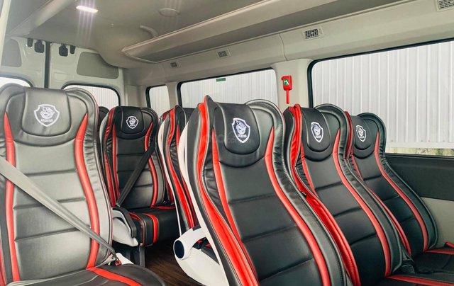 Hyundai Solati 2021 Universe cao cấp, ưu đãi 60 triệu tiền mặt, full phụ kiện và bộ ghế Universe1