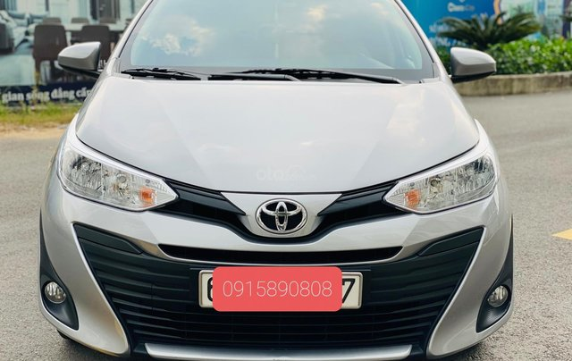 Bán Toyota Vios E MT 2019, màu bạc0