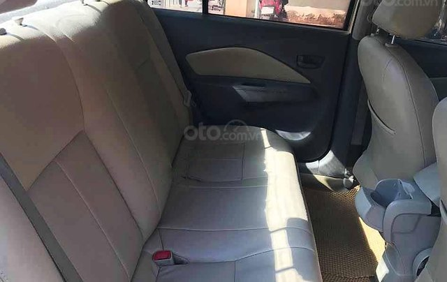 Cần bán xe Toyota Vios sản xuất năm 2012 còn mới2