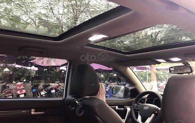 Cần bán Kia Sorento sản xuất 2013, màu trắng còn mới, giá tốt2
