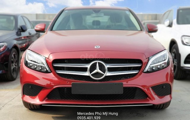 Tiết kiệm 140tr cùng ưu đãi 50% thuế TB, sở hữu chỉ 379tr hoặc thanh toán 7,5tr/12 tháng đầu, Mercedes C180 Sport0