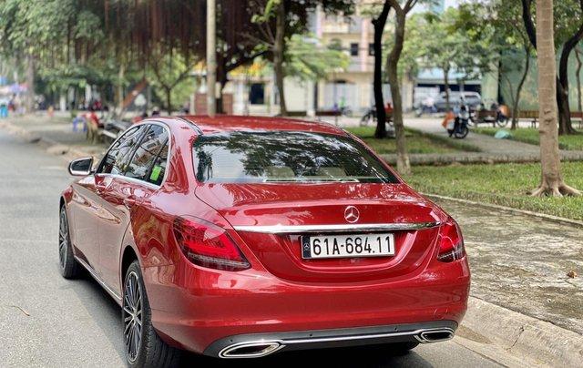 Bán Mercedes C200 Exclusive đỏ/kem 2020 vô thêm cửa hít3