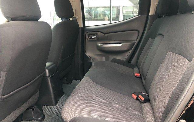 Cần bán lại xe Mitsubishi Triton năm 2017, nhập khẩu còn mới, giá tốt4