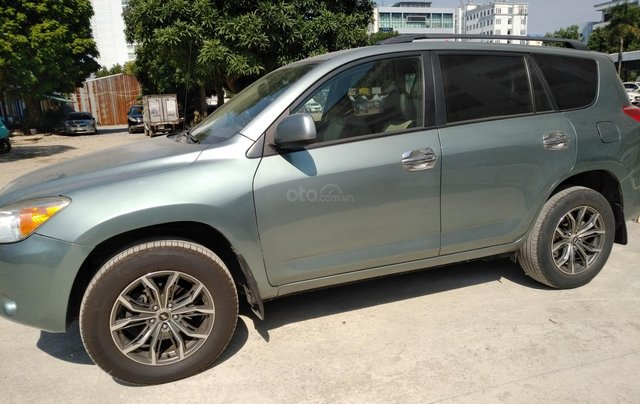 Xe Toyota Rav4 nhập khẩu, đổ xăng là chạy sản xuất 2006, đăng ký lẫn đâu 2008, màu xanh0