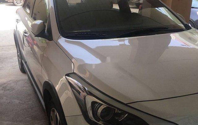 Bán xe Hyundai i20 Active sản xuất năm 2016, màu trắng, nhập khẩu nguyên chiếc còn mới, giá chỉ 460 triệu3
