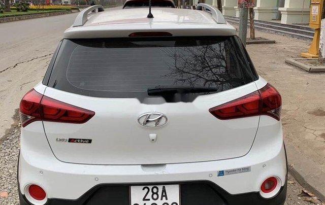 Bán xe Hyundai i20 Active sản xuất năm 2016, màu trắng, nhập khẩu nguyên chiếc còn mới, giá chỉ 460 triệu1