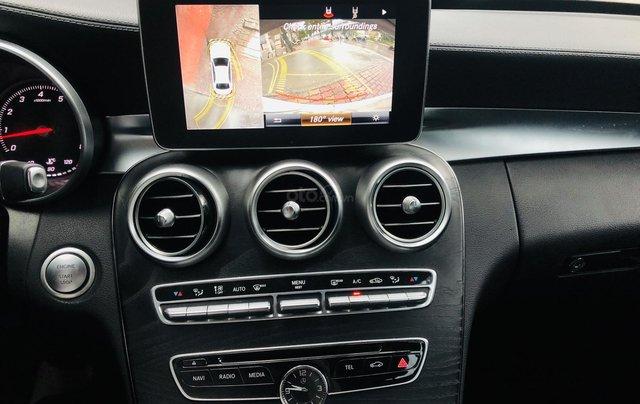 Mercedes C300 AMG màu trắng cực mới7