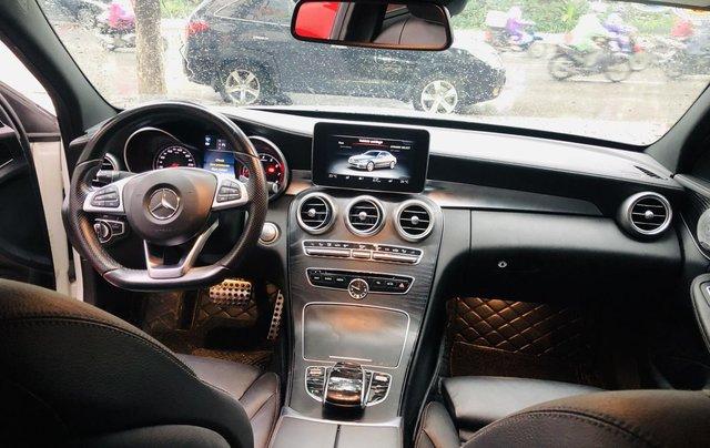 Mercedes C300 AMG màu trắng cực mới8