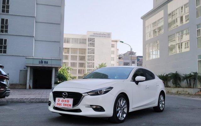 Mazda 3 2.0AT sản xuất 2018, màu trắng1