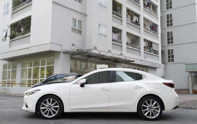 Mazda 3 2.0AT sản xuất 2018, màu trắng3