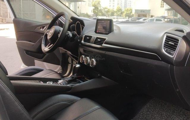Mazda 3 2.0AT sản xuất 2018, màu trắng6