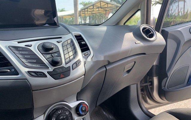 Cần bán lại xe Ford Fiesta sản xuất năm 2011, nhập khẩu còn mới11