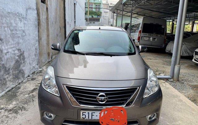 Bán xe Nissan Sunny đời 2014, màu xám còn mới9