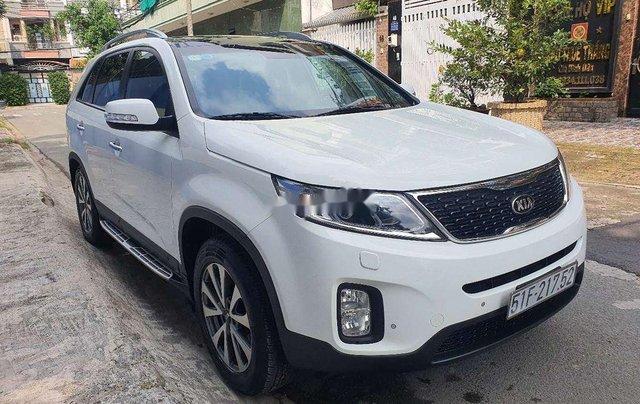 Bán xe Kia Sorento năm sản xuất 2015, màu trắng0