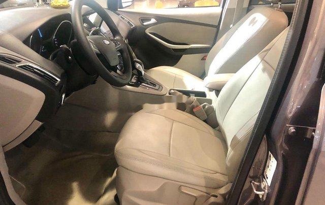 Cần bán lại xe Ford Focus năm sản xuất 2019, màu xám chính chủ, giá chỉ 573 triệu5