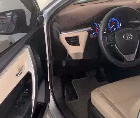 Bán Toyota Corolla Altis sản xuất 2017, nhập khẩu còn mới1