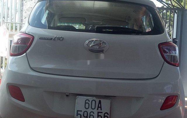 Cần bán Hyundai Grand i10 2015, màu trắng, nhập khẩu chính chủ2