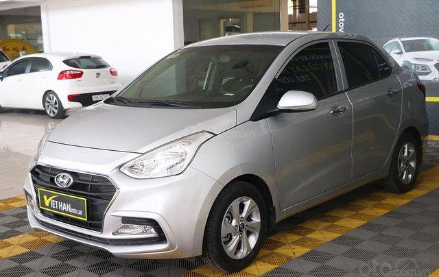 Hyundai Grand i10 1.2AT 2019 (Sedan), màu bạc1