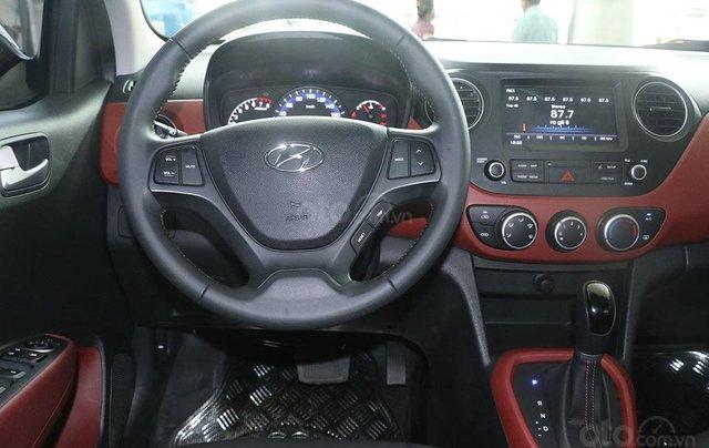 Hyundai Grand i10 1.2AT 2019 (Sedan), màu bạc8