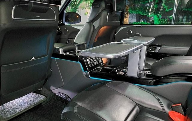 Chính chủ bán Land Rover Range Rover Autobiography Black Edition 5.0L model 2016 màu đen, đã lên form bản SV 20205