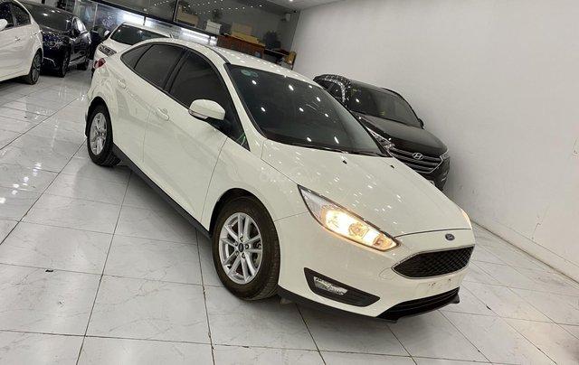 Bán xe Ford Focus đời 2018, màu trắng0