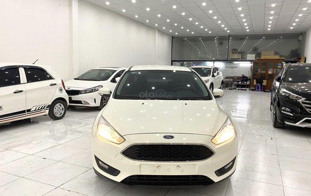 Bán xe Ford Focus đời 2018, màu trắng2