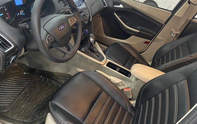 Bán xe Ford Focus đời 2018, màu trắng6