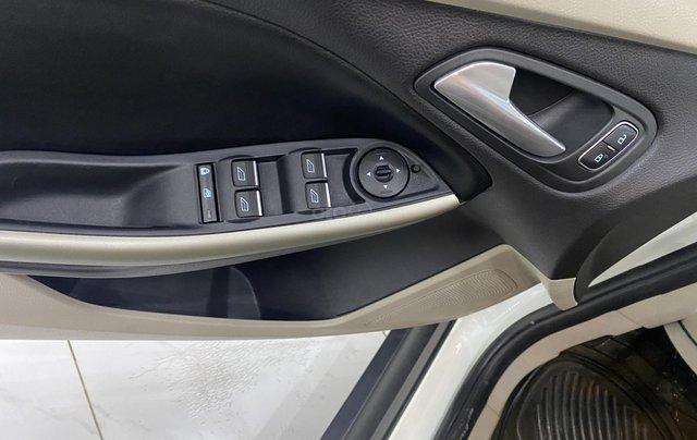 Bán xe Ford Focus đời 2018, màu trắng9