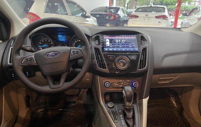 Bán xe Ford Focus đời 2018, màu trắng10