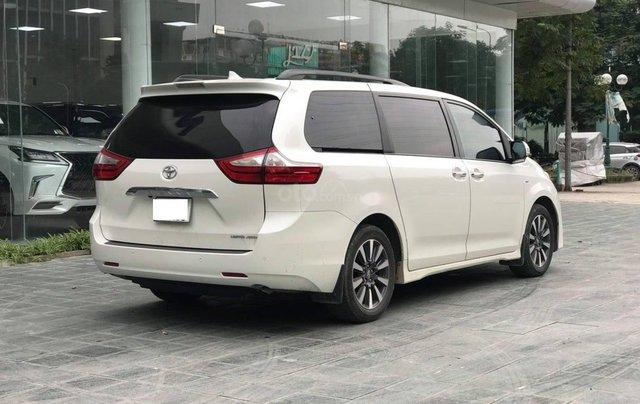 Cần bán gấp với giá ưu đãi nhất chiếc Toyota Sienna Limited đời 20182