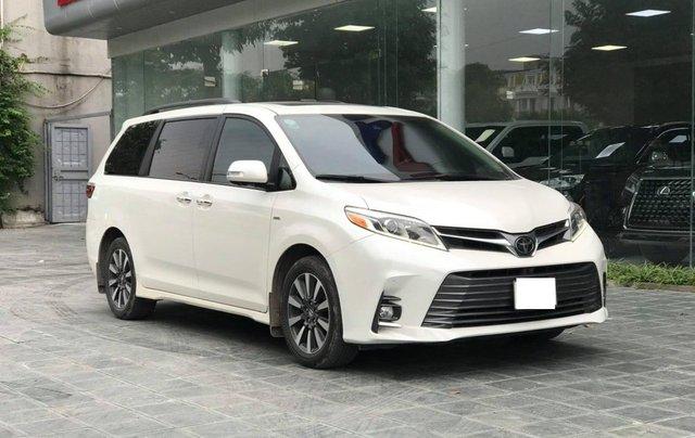 Cần bán gấp với giá ưu đãi nhất chiếc Toyota Sienna Limited đời 20183