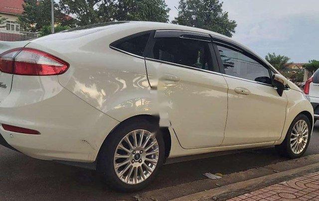 Bán ô tô Ford Fiesta năm sản xuất 2015, nhập khẩu còn mới, giá 415tr1