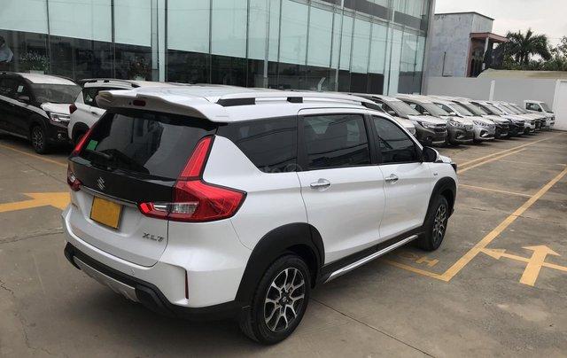 Giá xe Suzuki XL7 giảm 20 triệu LH ngay để nhận ưu đãi, trả trước 180 triệu nhận xe lăn bánh6