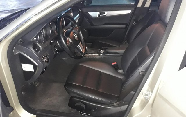 Bán xe Mercedes C200 Model 2013 màu cát4