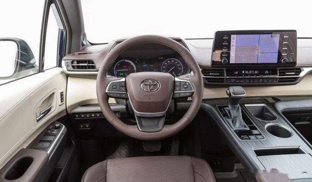Bán Toyota Sienna năm sản xuất 2020, màu trắng7