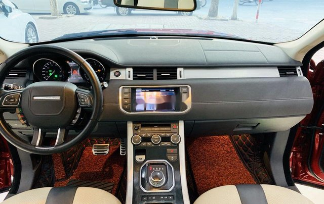Bán lại xe LandRover Range Rover sản xuất năm 2012, nhập khẩu  10