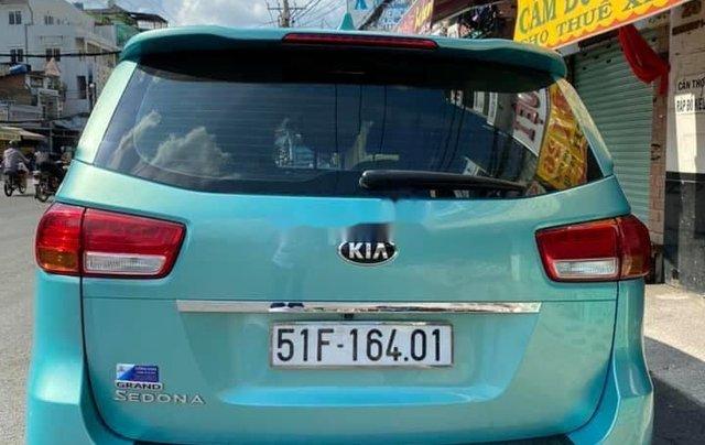 Bán xe Kia Sedona năm 2015, nhập khẩu nguyên chiếc còn mới2
