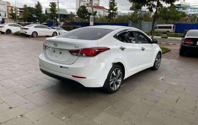 Cần bán lại xe Hyundai Elantra sản xuất 2015, nhập khẩu còn mới3
