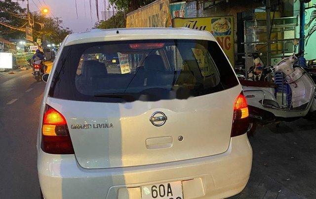 Bán ô tô Nissan Grand livina 2012, màu trắng, xe nhập số sàn, giá tốt5