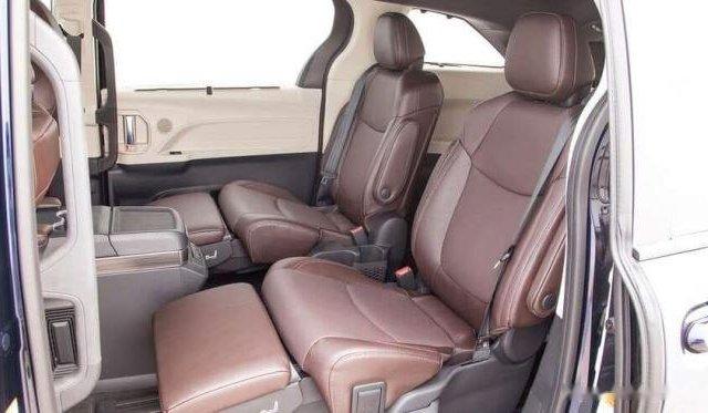 Bán Toyota Sienna năm sản xuất 2020, màu trắng5