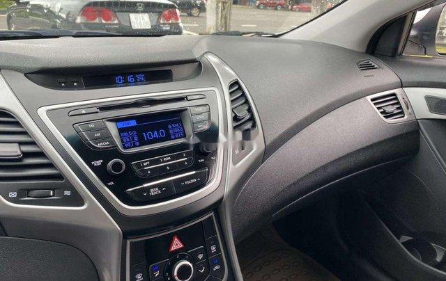 Cần bán lại xe Hyundai Elantra sản xuất 2015, nhập khẩu còn mới6
