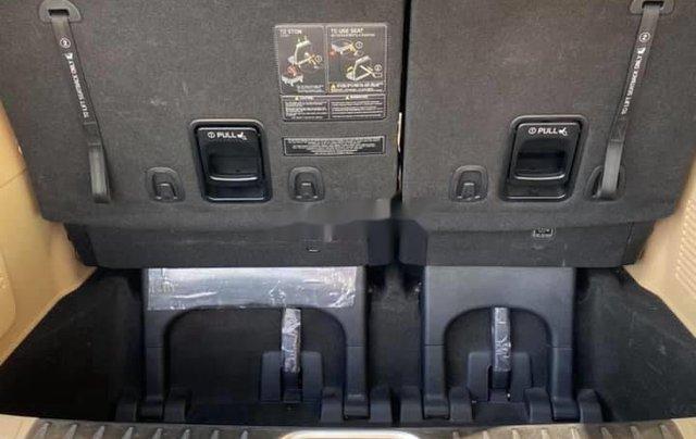 Bán xe Kia Sedona năm 2015, nhập khẩu nguyên chiếc còn mới8