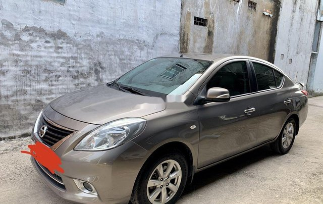 Bán xe Nissan Sunny đời 2014, màu xám còn mới8