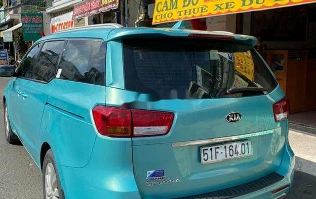 Bán xe Kia Sedona năm 2015, nhập khẩu nguyên chiếc còn mới3